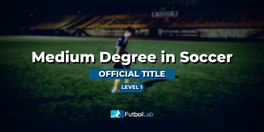غطاء الدورةالعنوان الرسمي للصف الأوسط في كرة القدم المستوى 1
